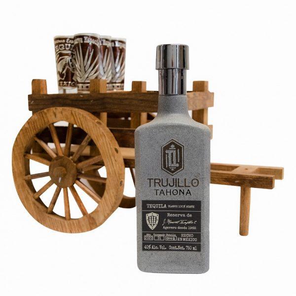 Tequila_Trujillo_Tahona_Carreta_Madera